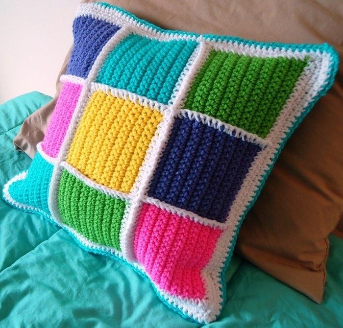 Вязаные подушки своими руками
