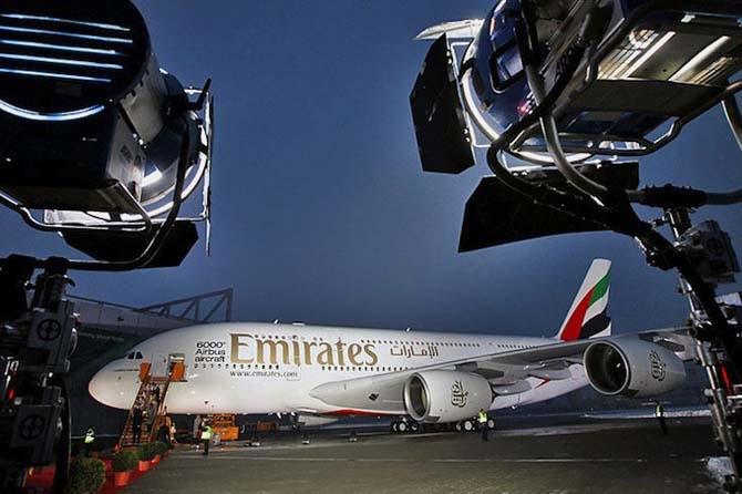 На 10-м месте в рейтинге World Airline Awards 2011 расположилась авиакомпания ОАЭ Emirates Airlines.