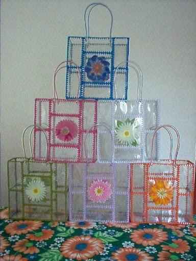 сумки из пластиковых бутылок.