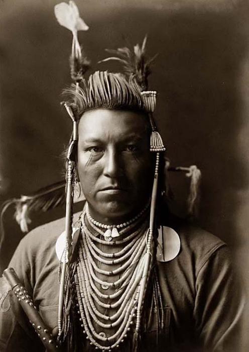 Североамериканские индейцы начала XX века.