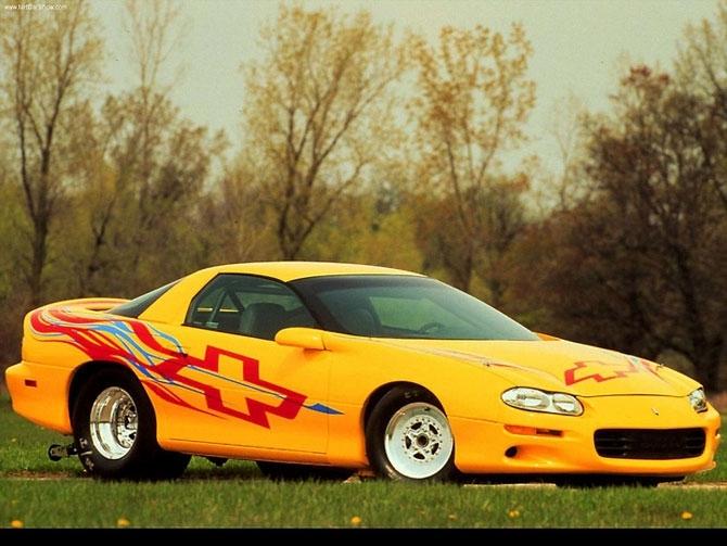 Chevrolet Camaro 1999 release.