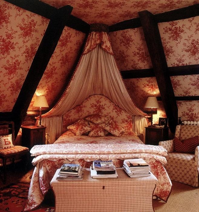 Спальни на чердаке - идеи для воплощения