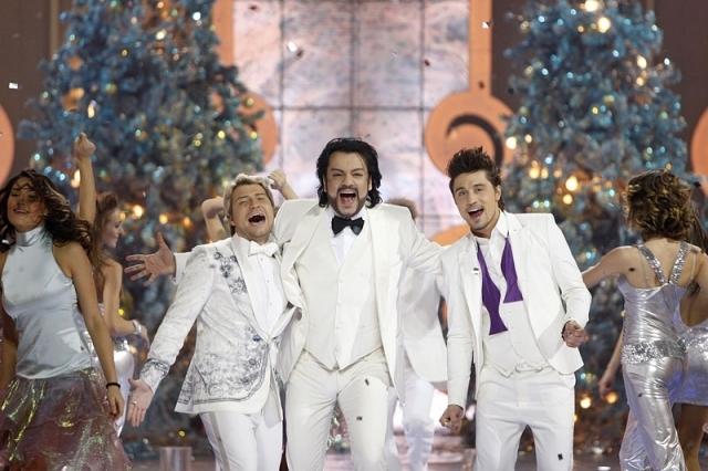 Интернет пользователи раскритиковали новогодний эфир федеральных каналов