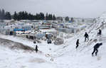 [+] Увеличить - Сирийские беженцы  в Ливане долине Бекаа в нескольких километрах от границы с Сирией. Mohamed Azakir