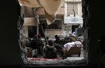 [+] Увеличить - В Дейр-эз-Зор, восточная Сирия. Khalil Ashawi/Reuters