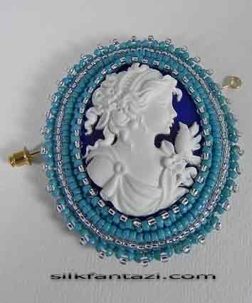 Брошь-камея в технике вышивки бисером замечательная камея Леди из термопластики ручной работы тонкая ручная вышивка...