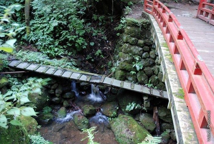 Пройдя по мосту начинается новое рождение, которое закончится на вершине