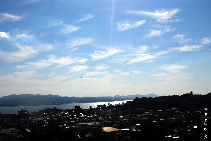 Опять японское небо, оно прекрасно
