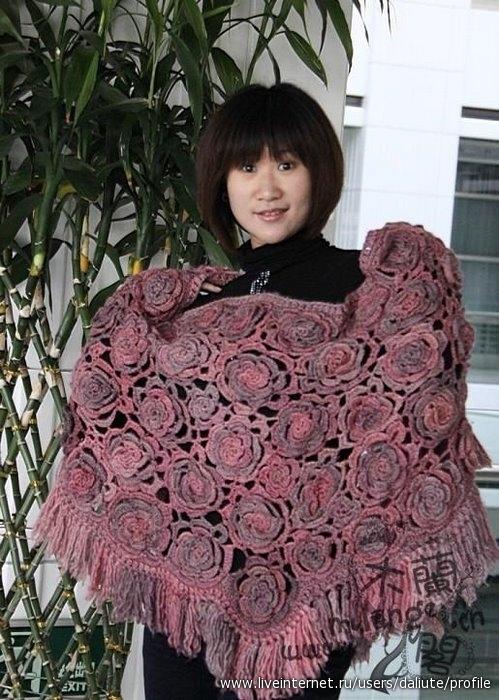 Вязание палантина с розами 81