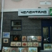 Длина улицы около 100 м и заканчивается она пиццерией *Челентано*.Это место окупировали местные художники -выставляют на продажу свои работы,делают портреты на заказ,вышивальщицы продают вышитые сорочки,делают низанки и герданы.