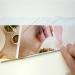 Для этого из газет или журналов скручиваем трубочки и затем из них на коробке выкладываем определенный узор.