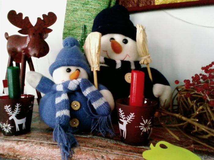Снеговички с камина)