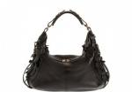 Предлагаем вашему вниманию весеннюю коллекцию сумок Alexander McQueen.