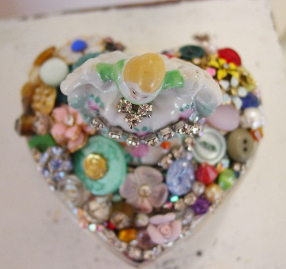 Jewelled Heart 2940121_4156732058_18931c16a4_o