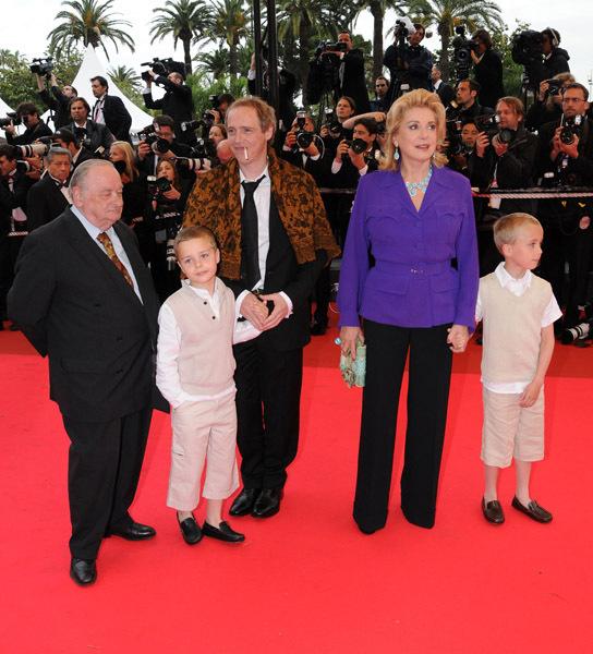 Катрин денев и ее дети фото