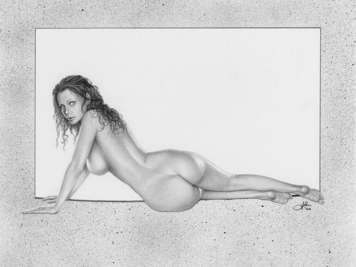 ascii голая женщина