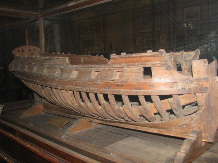 Как сделать корабль из фанеры фото 483