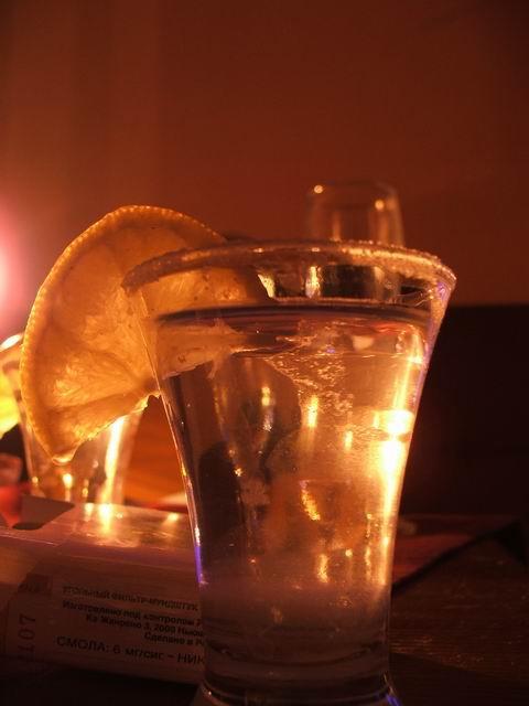 Текила как напиток уходит своими корнями ко временам до посещения...