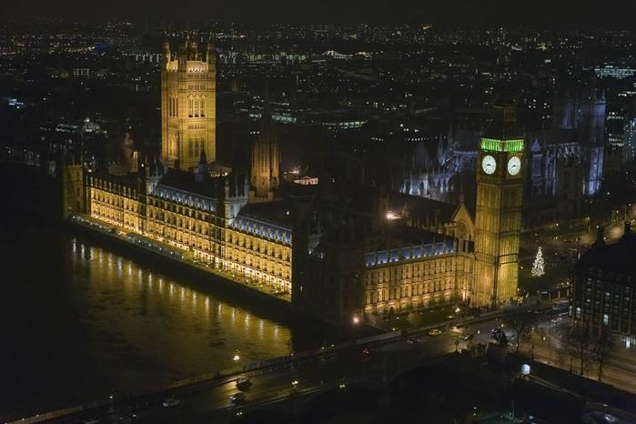 фото ночного лондона из окна давно знали