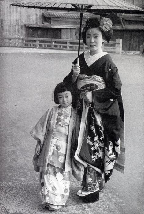 появлением ивасаки минеко старые фотографии сделать второй этаж