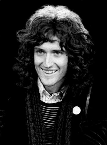 2107065_Brianbrianmay32348980370500 (370x500, 39Kb)