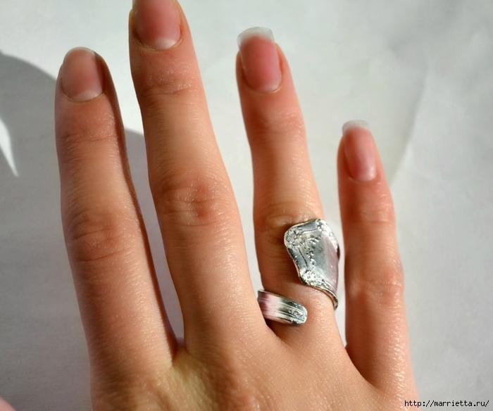 Как сделать кольцо из серебряной ложки (2) (700x584, 233Kb)