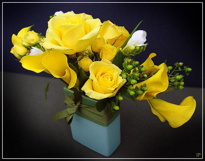 Поздравительная открытка с днем рождения цветы желтые розы женщине, картинки улыбака