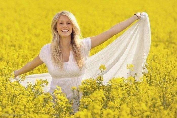 Imagini pentru chica alegria flores