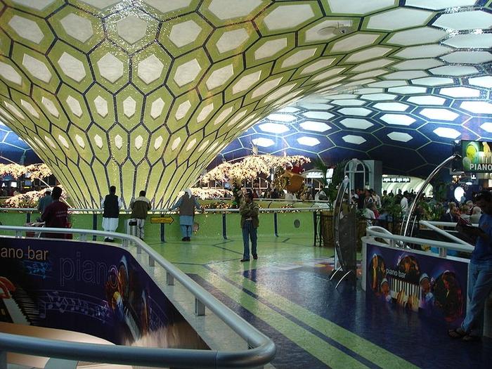 800px-abu_dhabi_international_airport (700x525, 352Kb)
