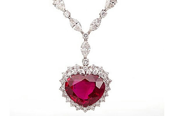 The World's Most Expensive Diamonds - Jonathan's Fine Jewelers |Worlds Most Expensive Diamond Necklace