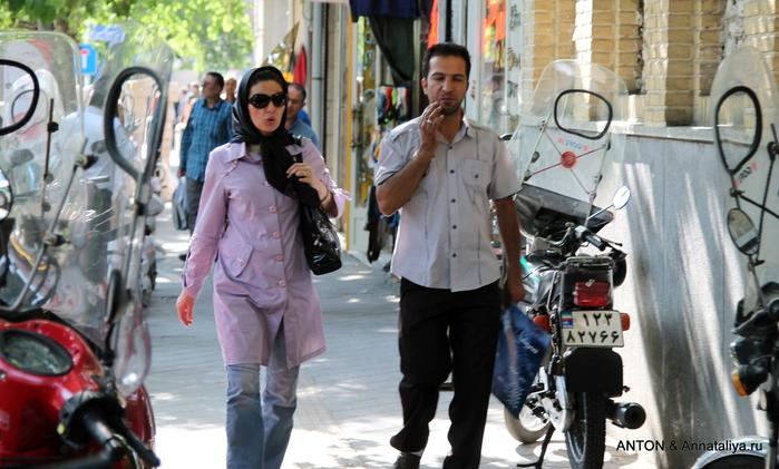 Иранцы. Какие они? IMG_7942 (700x421, 208Kb)