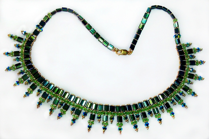 free-beading-tutorial-necklace-with-tila-1 (700x466, 194Kb)