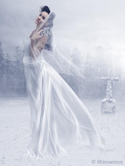 Женщина в белом секси