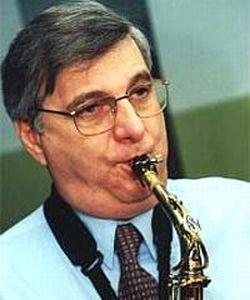 В Краснодаре умер известный джазовый музыкант Георгий Гаранян... (250x300, 14Kb)