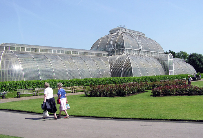 The-Palm-House-in-Kew-Gardens-1-2 (700x478, 130Kb)