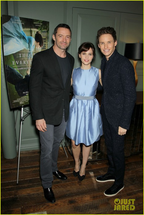 hugh-jackman-hosts-screening-for-eddie-redmayne-theory-of-everything-05 (468x700, 83Kb)