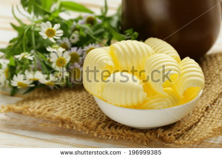 stock-photo-fresh-yellow-dairy-butter-in-a-white-bowl-196999385 (450x320, 36Kb)