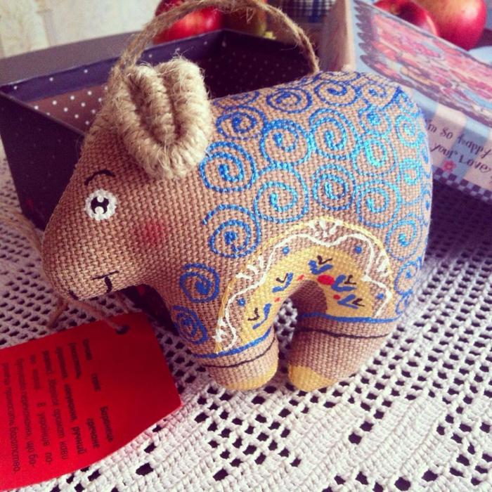 коза барашек символ года хенд мейд плетение из газетных трубочек
