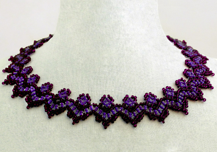 free-beading-tutorial-necklace-pattern-1 (700x489, 174Kb)