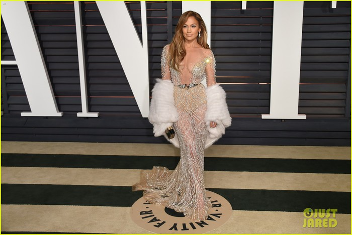 jennifer-lopez-vanity-fair-oscar-party-03 (700x468, 74Kb)