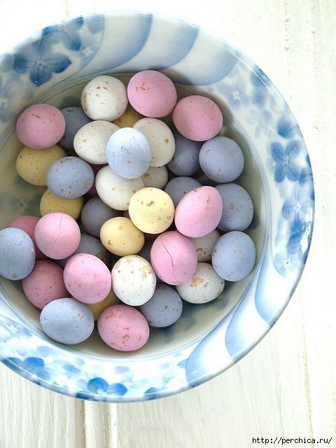 Перевязала рабу яйца