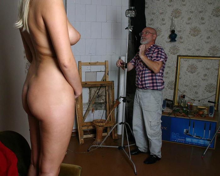 Пожилая натурщица фото секс