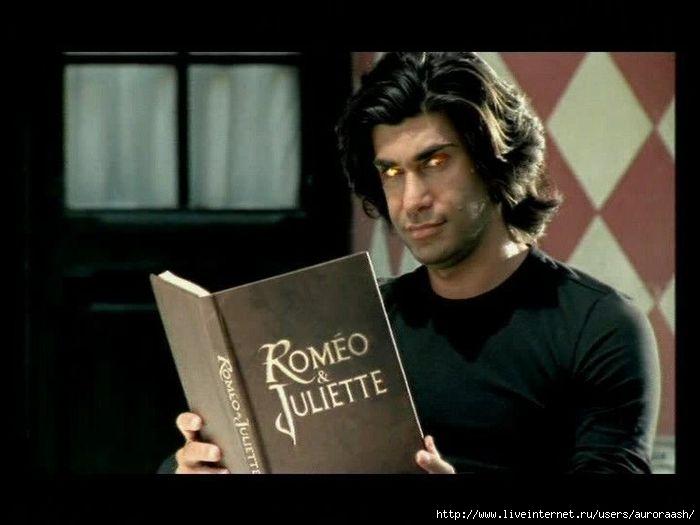Роббинг: песни из мюзикла ромео и джульетта на французском.