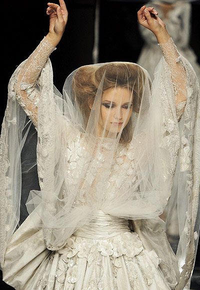 wedding-haute-couture-elie-saab-2009-collection-04 (400x580, 72Kb)