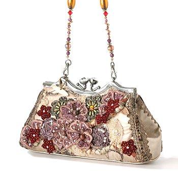 Сама все никак не могу решиться сделать сумочку, хотя фермуары давно купила.  И опять из рассылки: Американский...