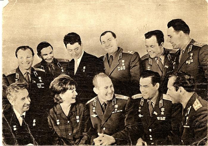 можете первые советские космонавты картинки мангал