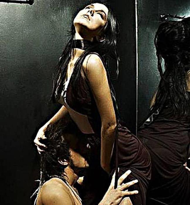 Секс в лифте страсть