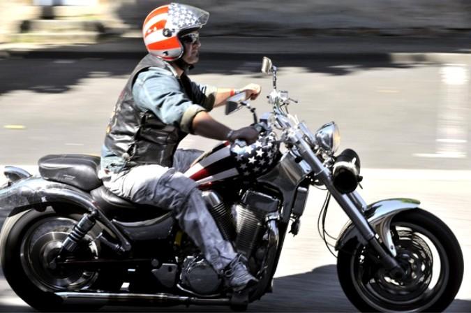 Крупнейший сбор мотоциклитов в Коурпаер (Courpiere)