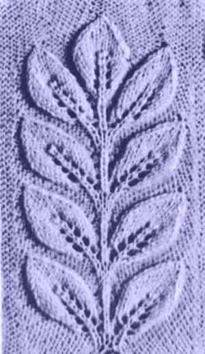 вязание рисунка с листьями и шишками