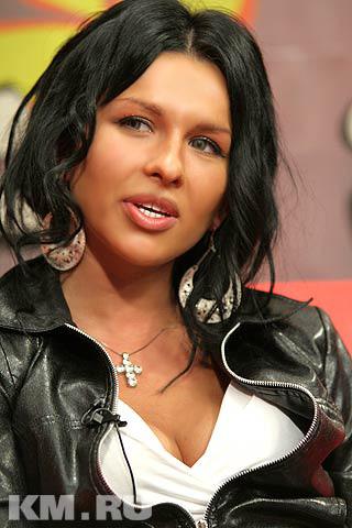 Екатерина боровик вокалистка группы краски фото